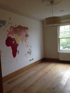 Wall paper in the children's Bedroom